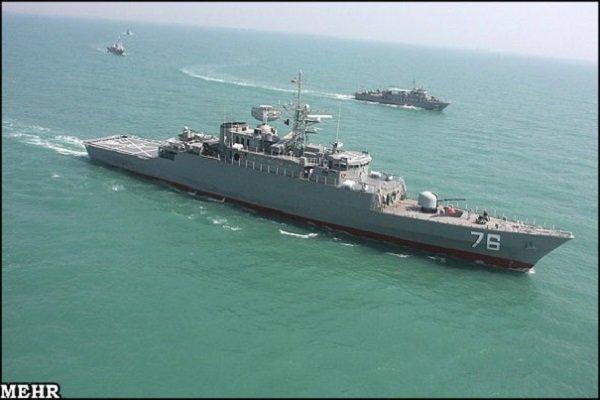 آژیر اعلام جنگ ناوگروه ارتش/ نزدیک شدن قایق تروریستی به «البرز» در خلیج عدن