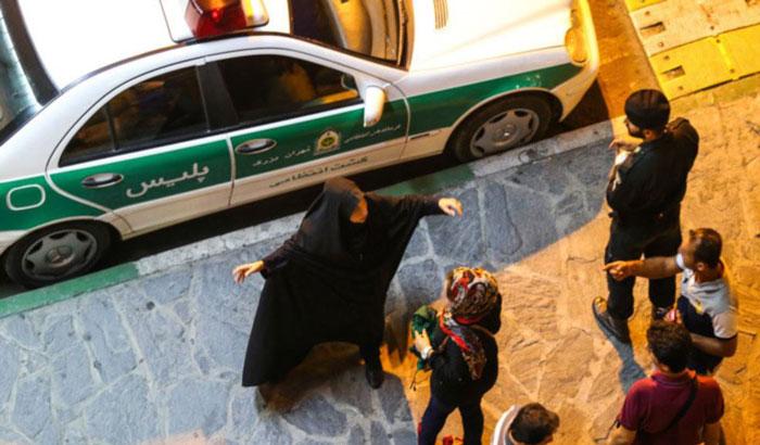 پلیس برای مبارزه با بدحجابی سراغ پاساژها میرود
