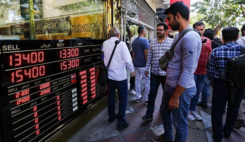شگردهای جدید دلالان برای تعیین قیمت خرید و فروش ارز