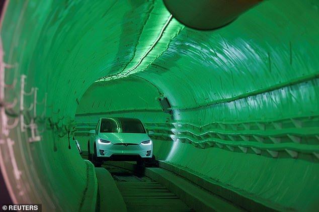 فناوری ثبات خودرو در تونل ایلان ماسک متعلق به ۱۰۰سال پیش است