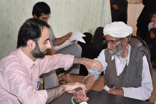 نوروز متفاوت گروههای جهادی با خدماترسانی به مددجویان کمیته امداد