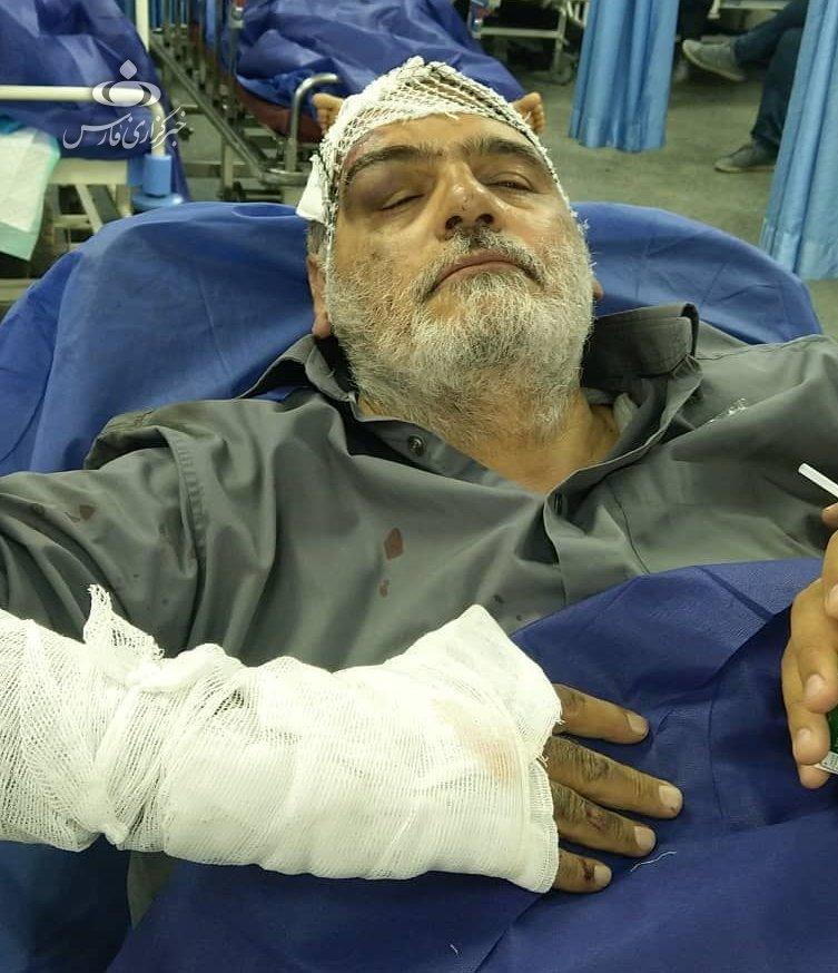 حسینالله کرم دچار سانحه رانندگی شد/ عکس
