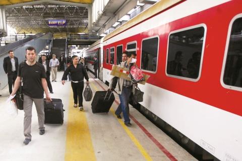 جزئیات قیمت و زمان حرکت قطار تهران – آنکارا