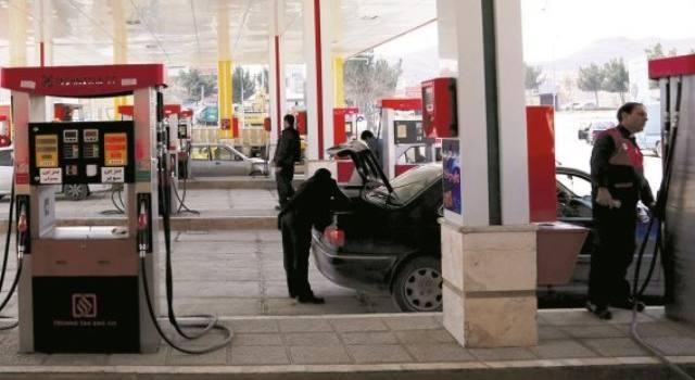 آغاز سهمیهبندی بنزین با کارت سوخت