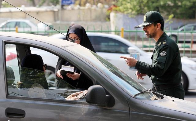 آیا میتوان در خودرو کشف حجاب کرد؟