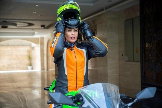 روایت تصویری رویترز از موتورسوار زن ایرانی