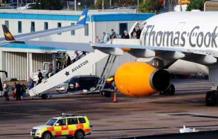 آغاز عملیات نجات ۱۵۰ هزار مسافر انگلیسی