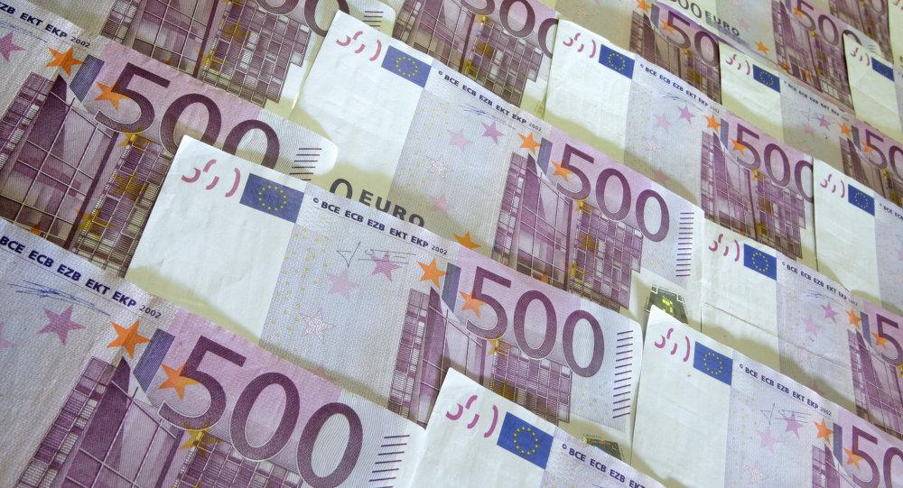 واکنش به سرقت ۲۵۰ هزار یورو از خانه نماینده مجلس