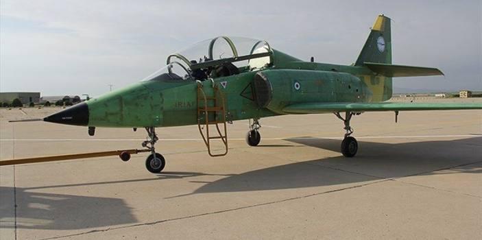 رونمایی از اولین هواپیمای جت آموزشی-رزمی ساخت ایران