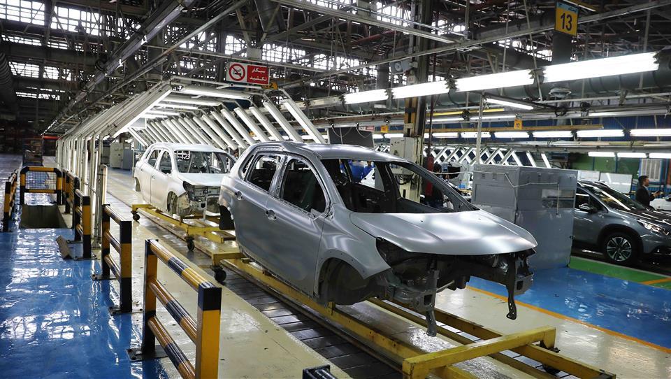 چرا نمی توانیم خودرو ایرانی بسازیم؟