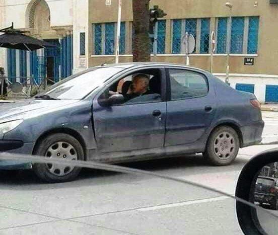 تماشا کنید؛ رئیسجمهوری تونس سوار  پژو ۲۰۶ ایرانی