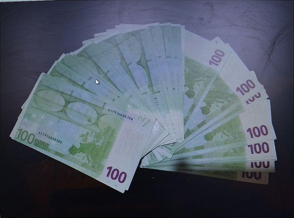 کشف یک میلیارد یوروی جعلی در رودبار