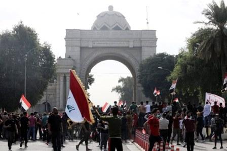 بیانیه مقتدی صدر درحمایت از معترضان عراقی