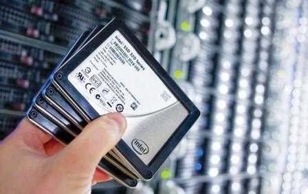 چرا باید حافظههای گرانقیمت SSD را خرید؟