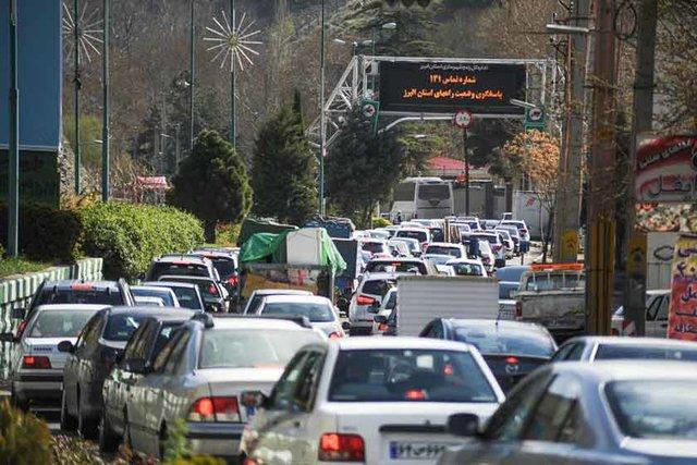 ترافیک سنگین در چالوس و هراز،محورهای مناطق زلزلهزده باز است