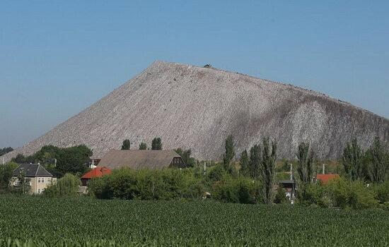 گرفتار شدن بیش از ۳۰ کارگر در پی انفجار معدن در آلمان
