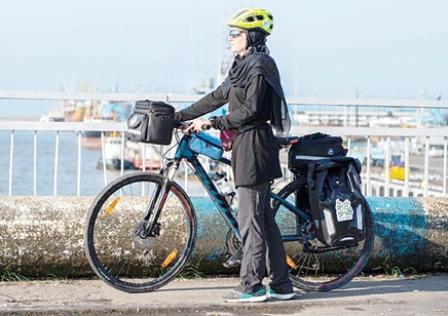 ۲۰۰۰ کیلومتر رکابزنی برای ساخت مدرسه