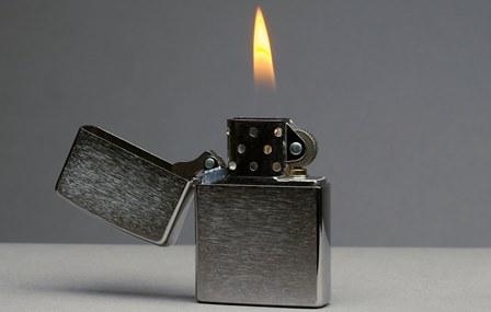 نجات از سرما با فندک بنزینی!