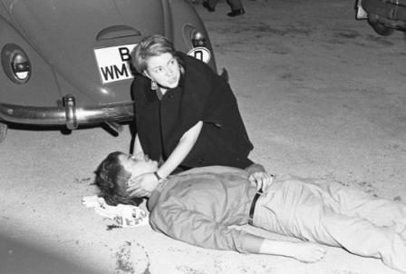 سفر شاه، گلوله کوراس و مرگ دانشجوی آلمانی