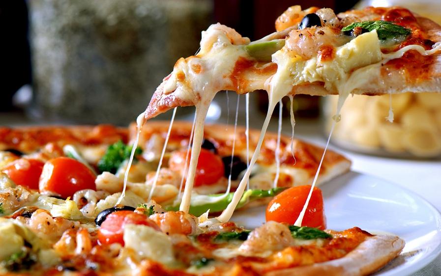 با خوردن این پیتزا به جنگ سرطان بروید!