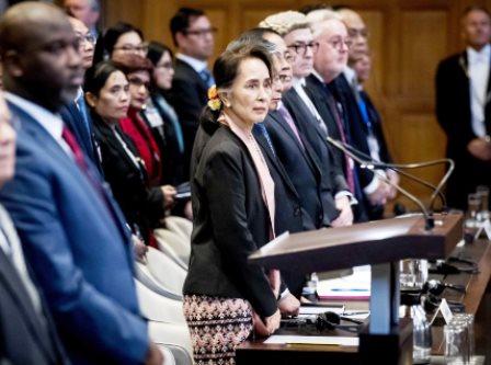 محاکمه برنده جایزه صلح نوبل در دادگاه لاهه