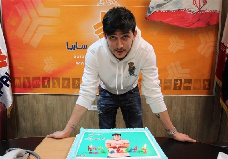 جشن تولد سردار آزمون در باشگاه سایپا/عکس
