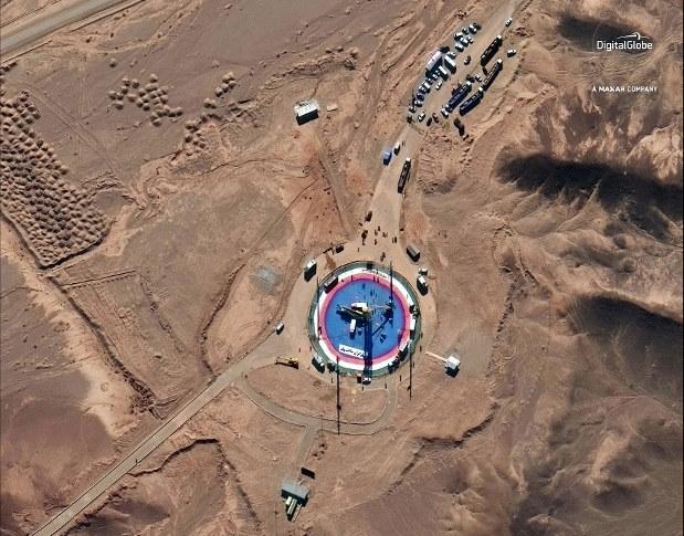 ماهواره ظفر، ۱۲ثانیه لعنتی و لباس قلابی فضایی