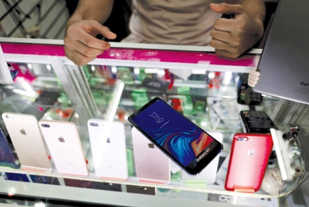 زلزله قیمتی موبایل در بازار