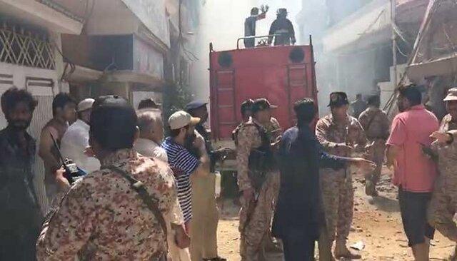 گزارشی از حضور مسافر ایرانی در هواپیمای سقوط کرده کراچی نداشتیم