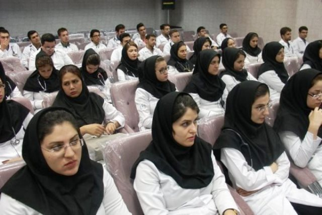 مجادله جدید پزشکان برسر طب سنتی