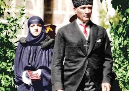 داستان سیلی پر سروصدای لطیفه خانم به آتاتورک