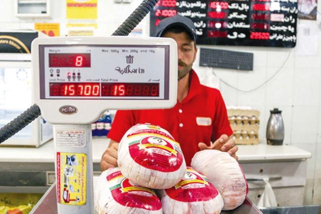 چرا قیمت مرغ ناگهان پر کشید؟