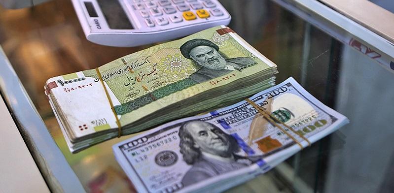شناسایی چهار عامل اصلی افزایش قیمت دلار