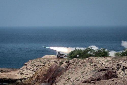 تمرین دفاع از جزایر خلیج فارس در رزمایش سپاه