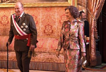 خوان کارلوس، پادشاه اسپانیا فرار کرد