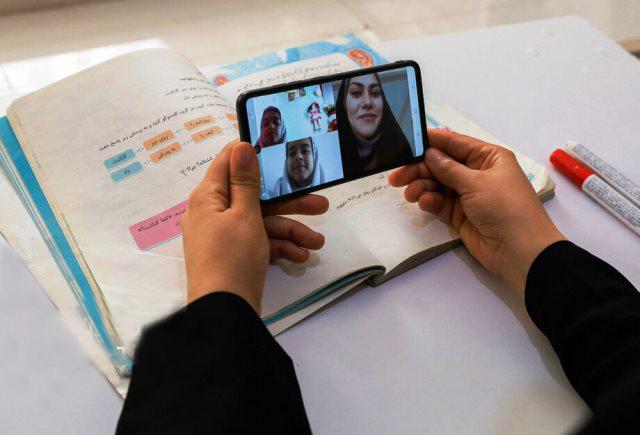 شش راه برای ساختن موبایل مخصوص دانشآموزی