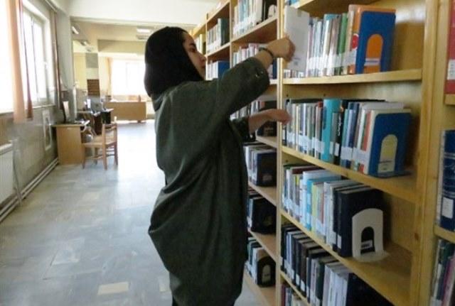 هشت پیشنهاد جذاب برای خواندن کتاب ایرانی