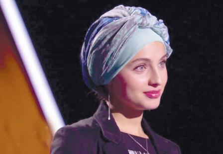 توجه رسانهها به خواننده مسلمان فرانسوی