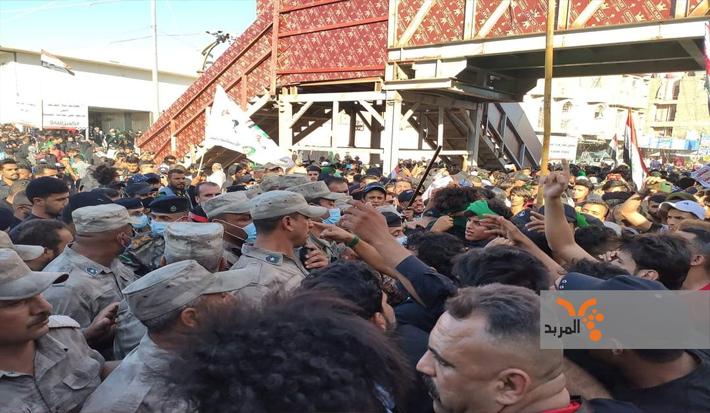 درگیری تظاهرکنندگان عراقی با ماموران مقابل حرمحسینی