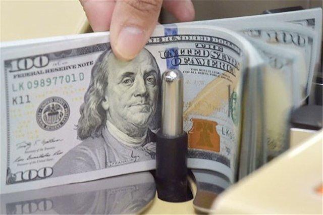 شنبه سرنوشتساز؛ دلار مرز ۳۰هزارتومانی را میشکند؟