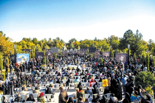 ظهور طبقه متوسط مشهدی در تشییع شجریان