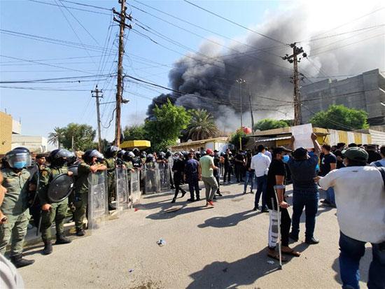 جزئیات آتشزدن دفتر حزب دموکرات کردستان