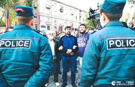 بحران در ایروان؛ ادامه اعتراضات به پاشینیان
