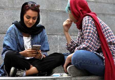 مهاجرت کاربران ایرانی از تلگرام به واتساپ
