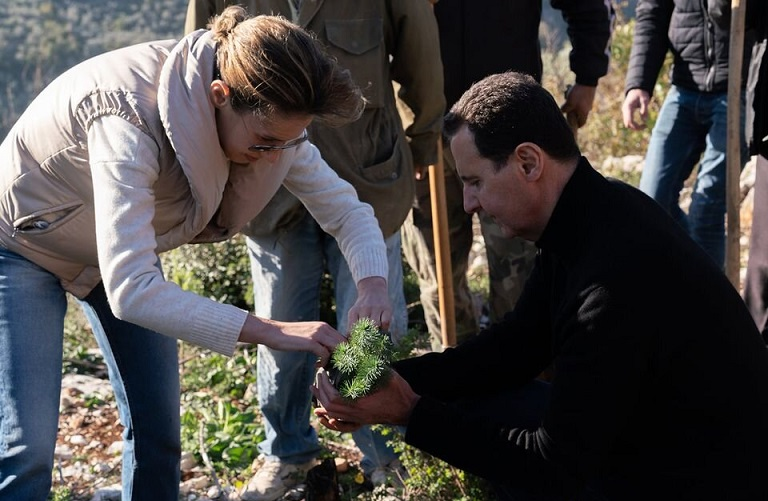 عکس روز؛ بشار اسد و همسرش در مراسم درختکاری
