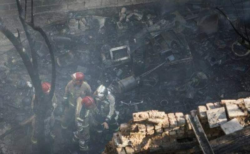 جزییات آتشسوزی شبانه در کارگاه تولید کیف و کفش