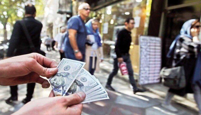 مقاومت شدید برای جلوگیری از کاهش قیمت دلار