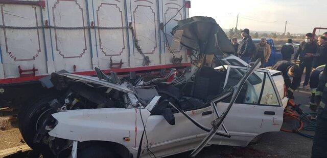 ۲ کشته و ۳ مصدوم در پی تصادف خودروی سواری و کامیون