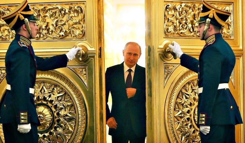 دو روایت متفاوت از لغو ملاقات قالیباف و پوتین