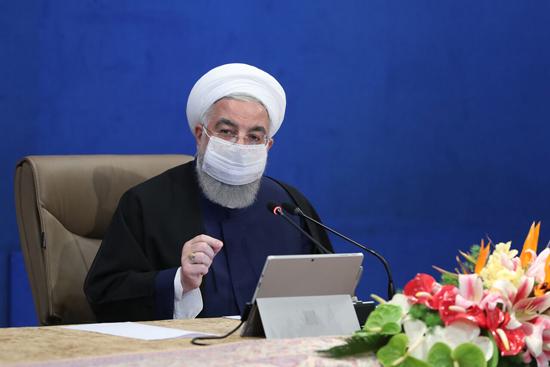 روحانی: میخواستیم به آمریکا ونتیلاتور صادر کنیم